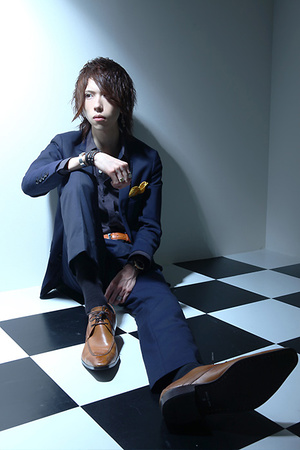 TOP DANDY I-OS 天咲 怜